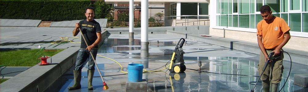 pulizia della fontana